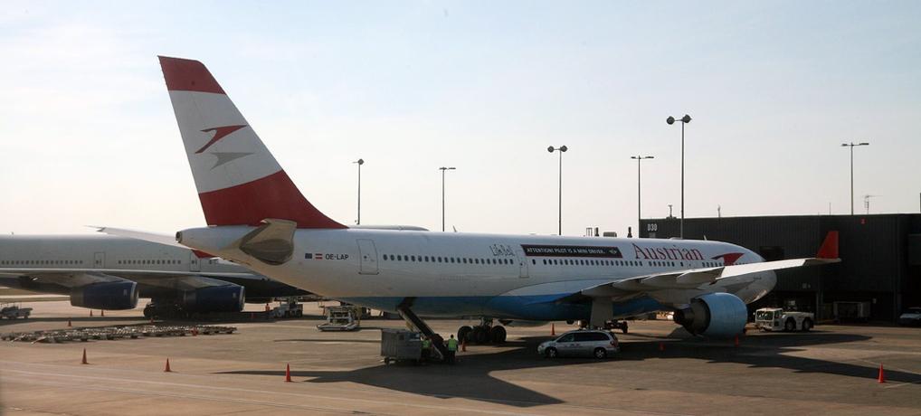 Austrian_Flugzeug_1018x460