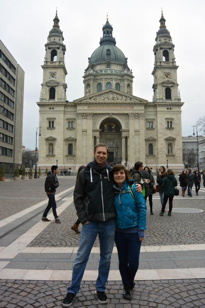 Vor der Szent István Bazilika