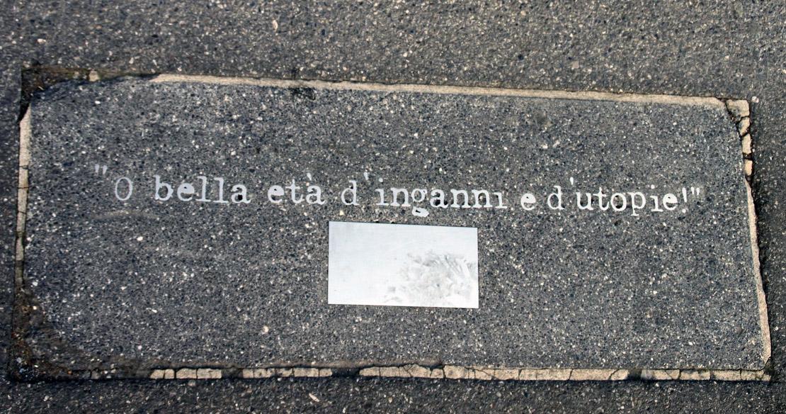 """Eines von zahlreichen """"Straßenpiercings"""" in Bregenz."""