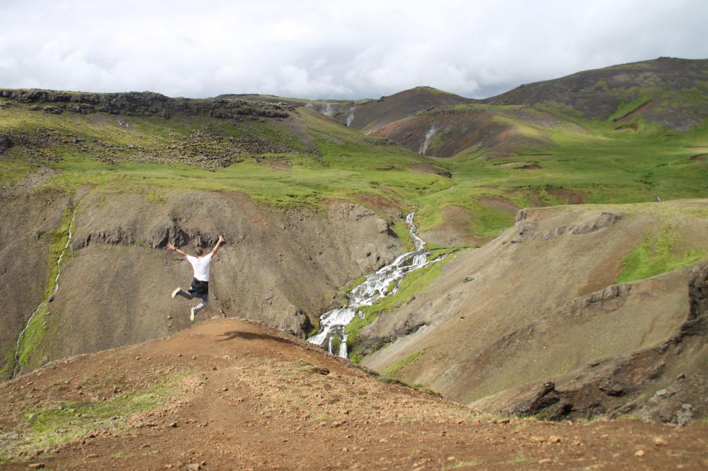 Wanderung im Reykjadalur in Island
