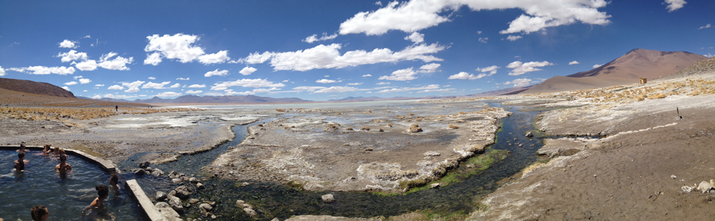 20140912_115910_071_Salar_de_Uyuni_Hot_Springs_Panorama