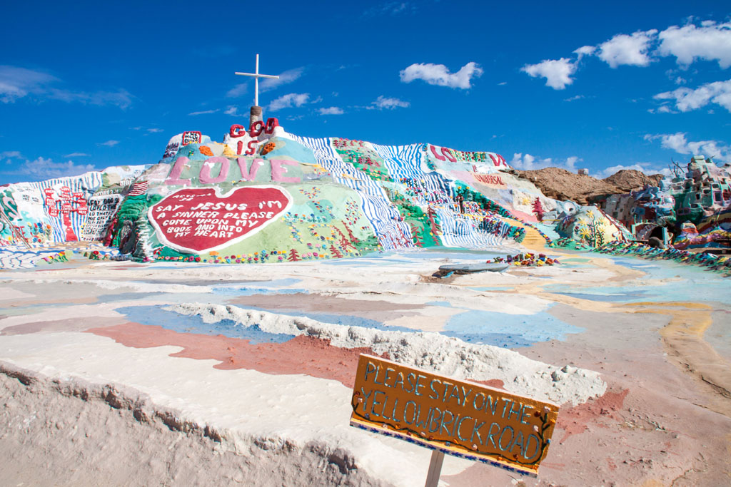 20141017_132650_099_Salvation_Mountain_IMG_5782