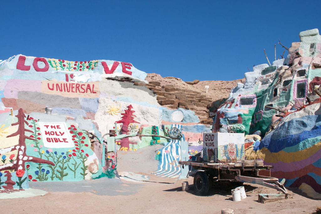 20141017_135353_099_Salvation_Mountain_IMG_5827
