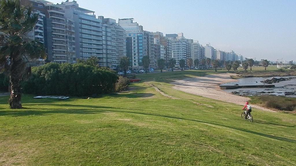 20140822_144610_041_Montevideo_DSCN3243