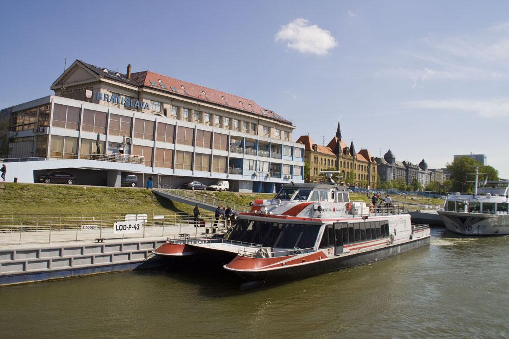 Bratislava Twin City Liner