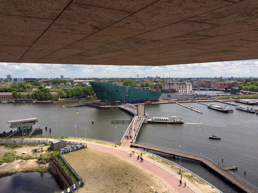 Blick von der OBA Dachterrasse auf das NEMO
