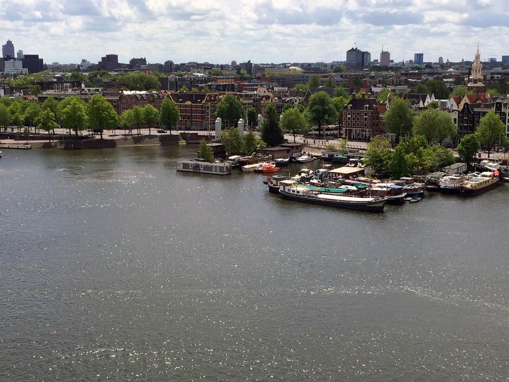 Blick auf Amsterdam vom Oosterdok.