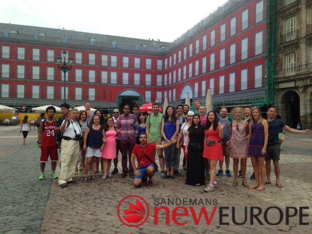 Gemeinsames Foto mit unserer Free Tour Gruppe | (c) Sandemans New Europe