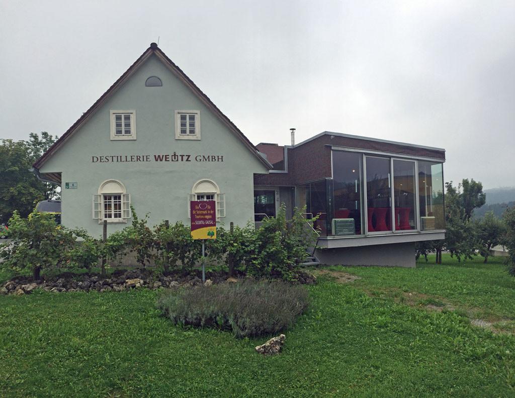Heimat der Destillerie Weutz: Ein 100 Jahre altes, ehemaliges Winzerhaus in Sankt Nikolai im Sausal.