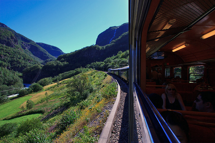 photo credit: The Flåm Railway Flåm-Myrdal (3) via photopin (license)