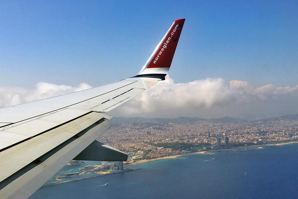 Unser erster Flug mit Norwegian: Landeanflug auf Barcelona im Vorjahr
