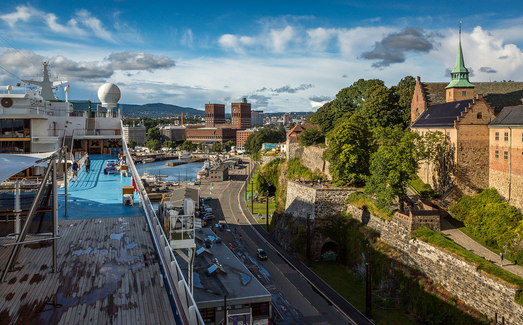 photo credit: Ship, City Hall, and Akershus Fortress via photopin (license)