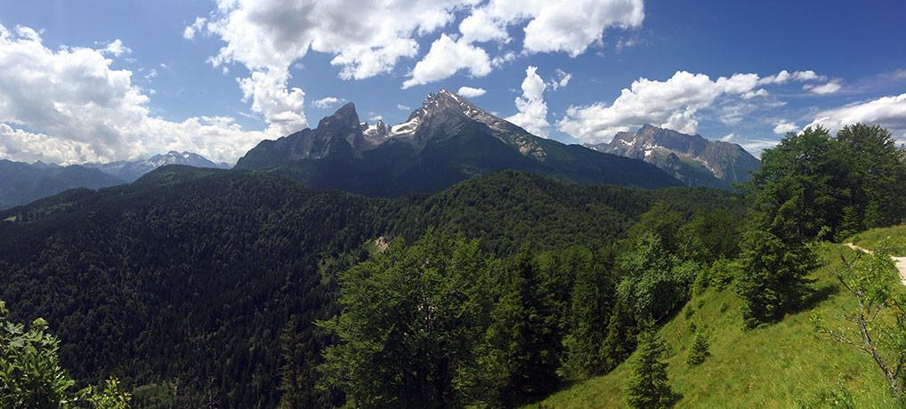Blick auf die Watzmann-Gipfel vom Grünstein