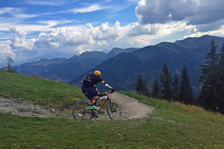 tp_saalbach_kohlmaiskopf_mountainbiker