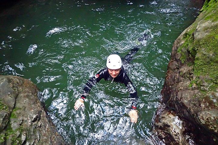tp_canyoning_grmecica_schwimmen_cori