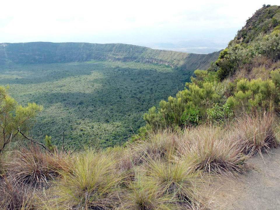 Eines der Highlights: die Wanderung auf dem Kraterrand des Mt. Longonot