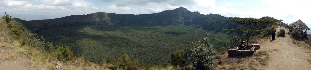 Die Wanderung bietet einen tollen Ausblick auf den Krater