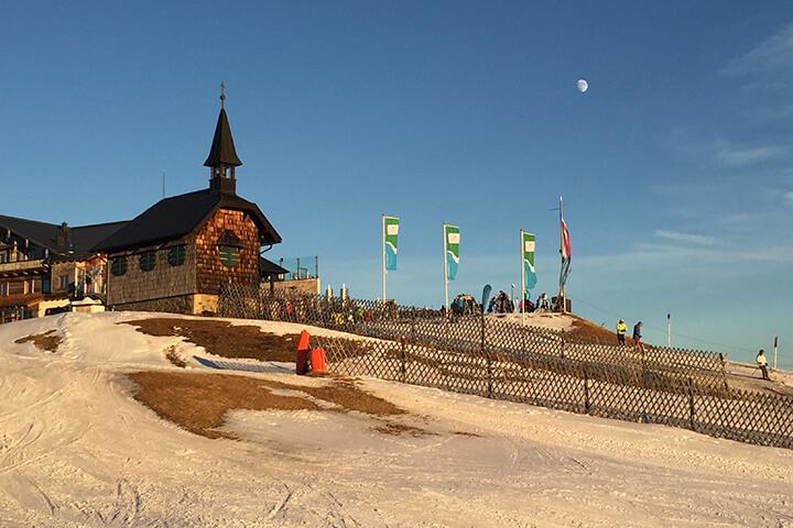 Sisi Kapelle in der Spätnachmittagssonne