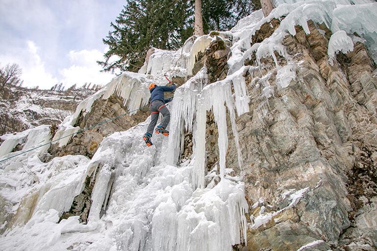 Eisklettern im Eispark Osttirol