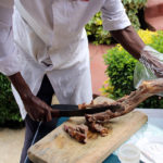 Nyama Choma - Frisch zubereitetes Ziegenfleisch in Kenia
