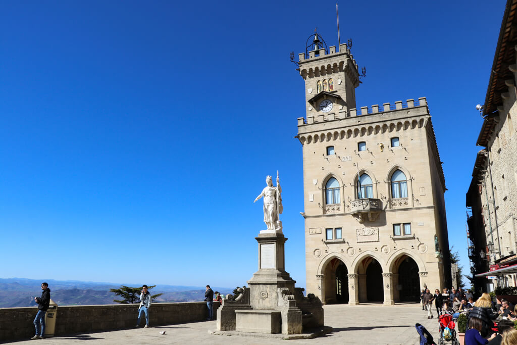 San Marino Ausblick auf die Landschaft