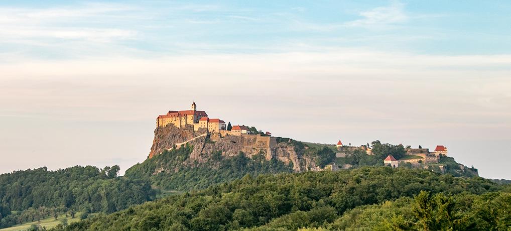 Leopold-Klettersteig auf die Riegersburg (mit Video)