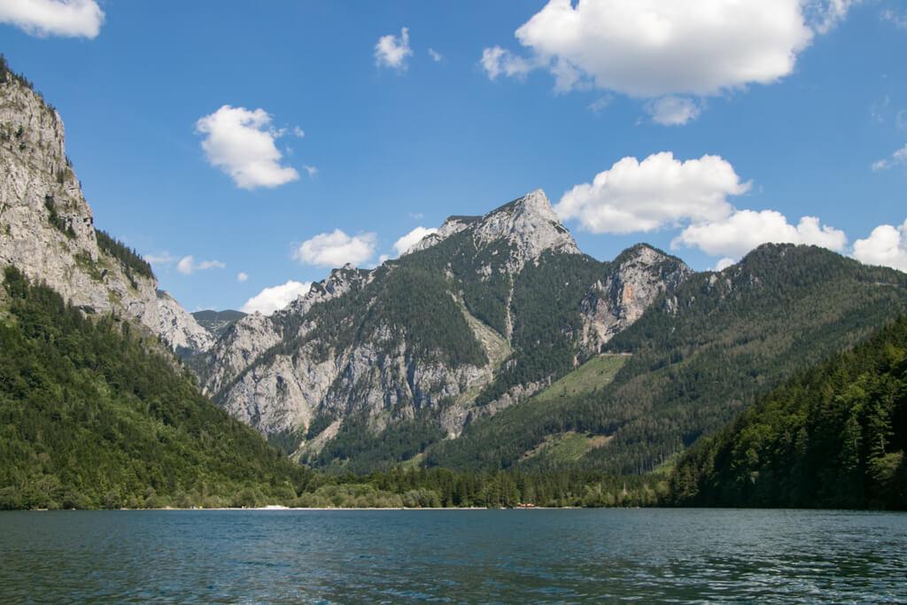 Badestrand am Ostufer und Pfaffenstein