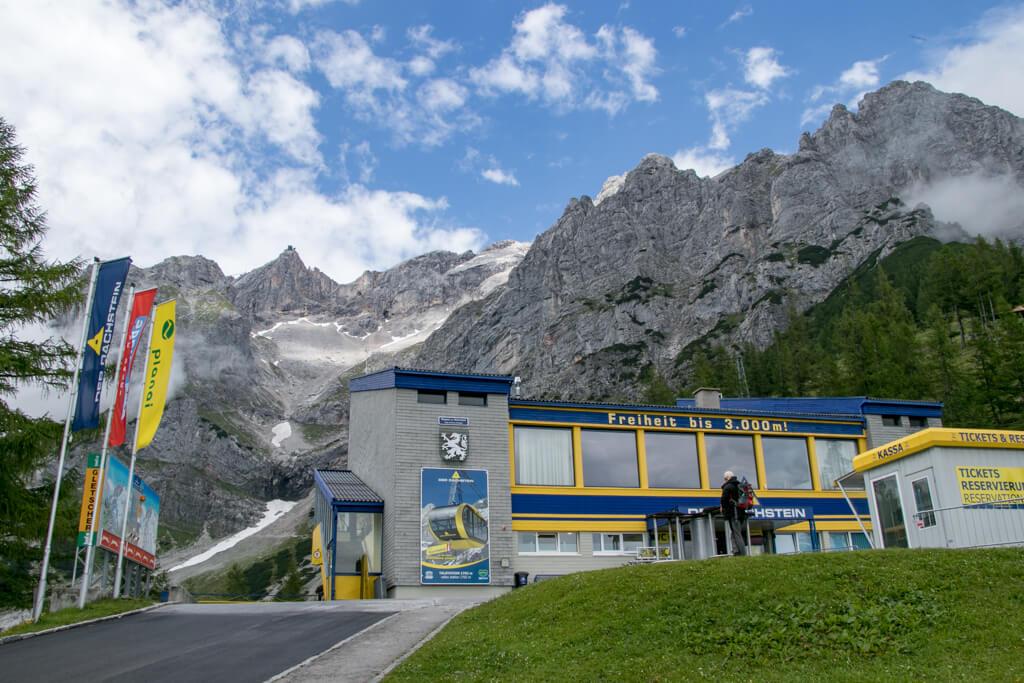 Talstation am Dachstein Gletscher