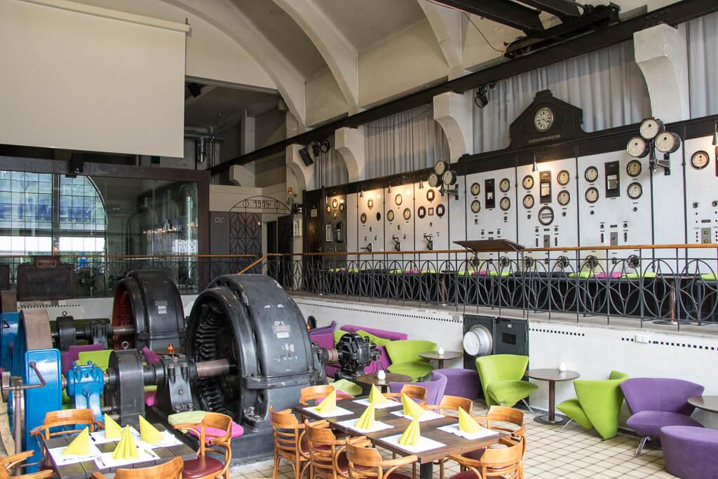 Kraftwerk-Café Interieur