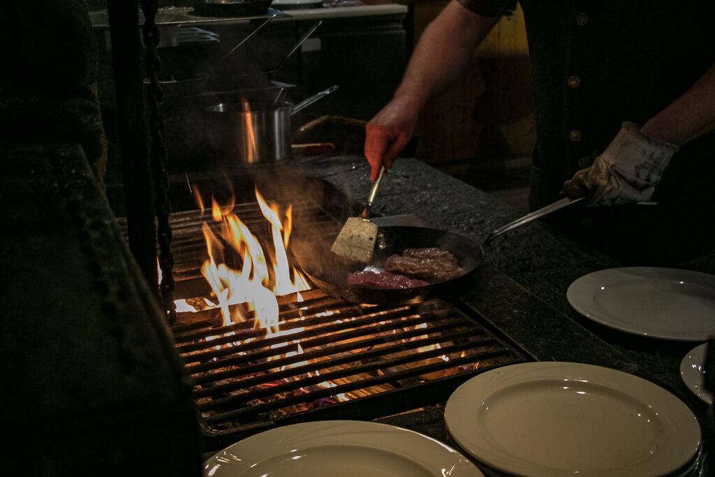 Offenes Feuer im Schmaranz-Gut