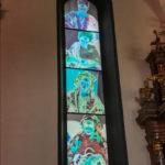 Kunstvolle Kirchenfenster in der Grazer St. Andrä Kirche
