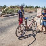 Madagaskar Kinder Fahrrad Zuckerrohr
