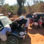 Autopanne in Madagaskar - Kühler kaputt
