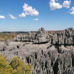 Kalksteinfelsen im Tsingy de Bemaraha Nationalpark