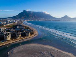 """Titelbild: aus """"Droning in South Africa"""", (c) Danulis.com"""