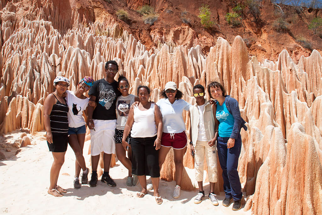 Madagaskar_Tsingy_Rouge_Familie