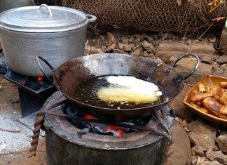 Essen in Madagaskar Feuerstelle