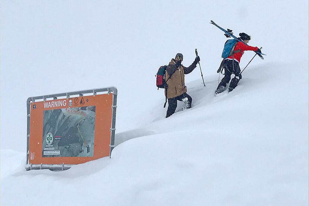 Kreuzkogel Sportgastein Aufstieg zum Gipfelkreuz