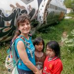 Thai-Familie am Airplane Graveyard in Bangkok