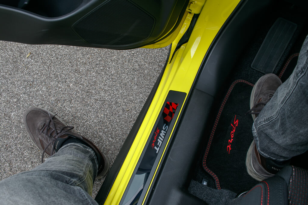 Suzuki Swift Sport Türrahmen
