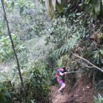 Raul beim Abklettern zum Salto del Angel