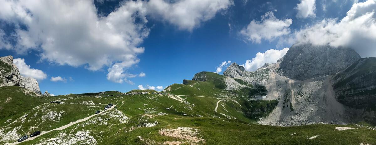Panorama an der Lahnscharte unterhalb des Mangartgipfels